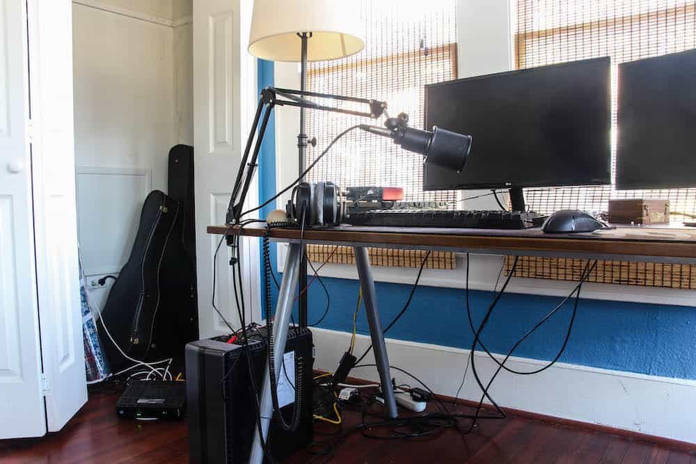 crazy desk cords