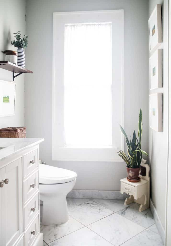 Inexpensive ways to makeover your bathroom