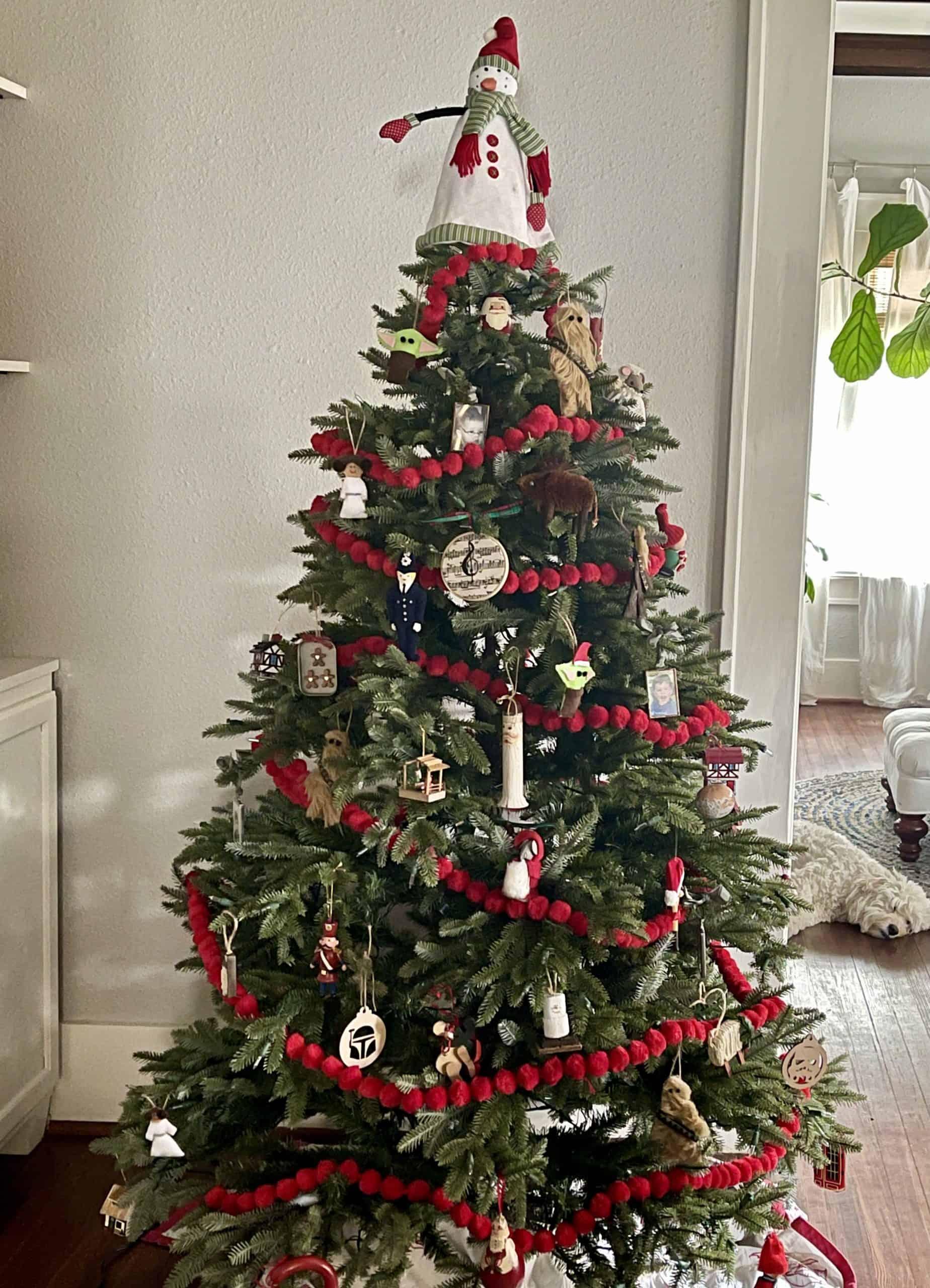 Cottage christmas tree