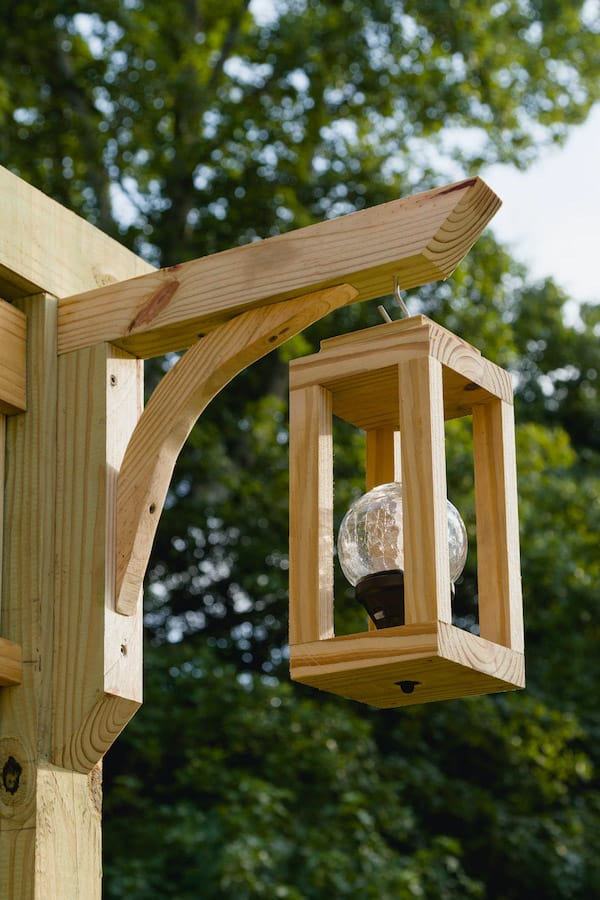 diy wood lantern