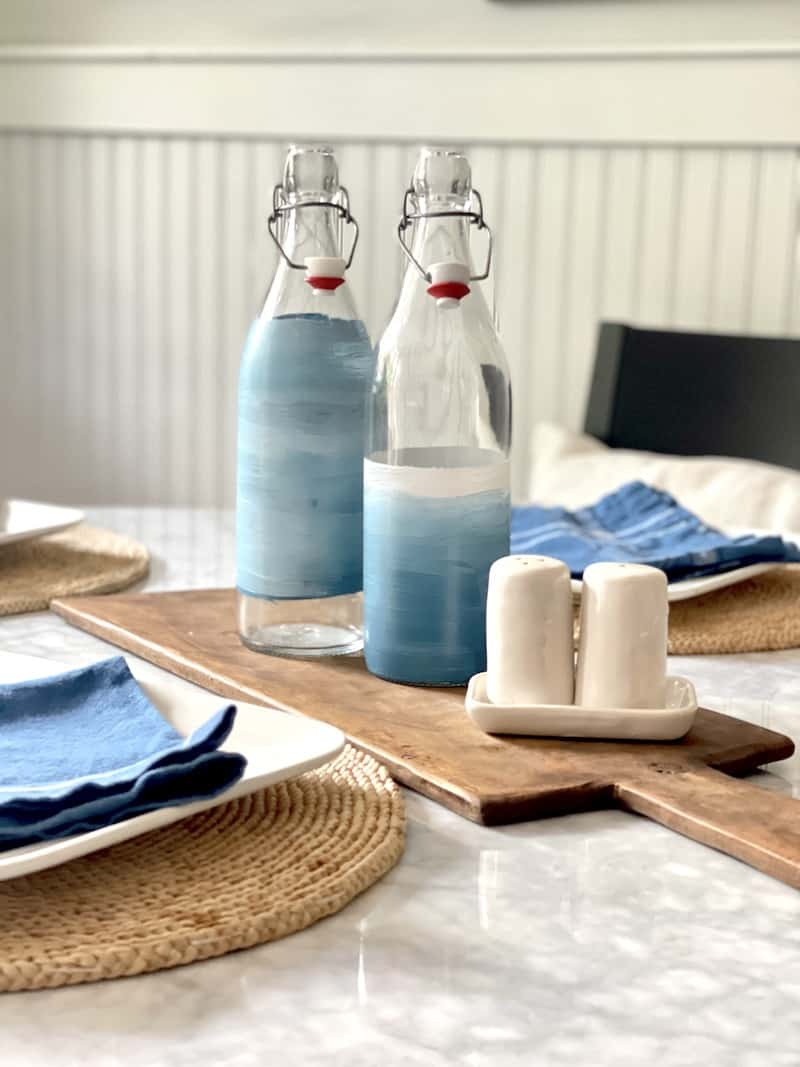 painting glass water bottles